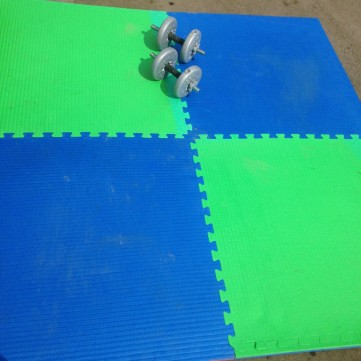 Interlocking Blue & Green Judo / Yoga Mats
