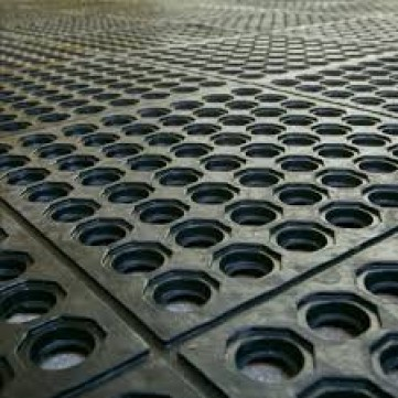 Perforated Milking Parlor Matting